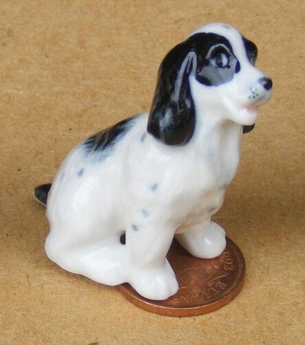 1:12 Scale Black /& White Ceramic Spaniel Dog Tumdee Dolls House Miniature LP4