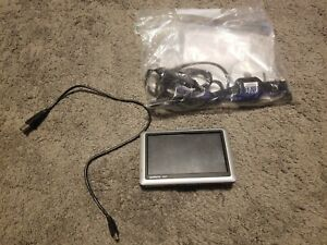 USED-GARMIN-NUVI-1450-GPS-with-charger-NO-MOUNT-BUNDLE