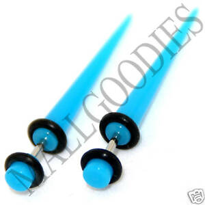 0368-Fake-Cheaters-Faux-Illusion-Ear-Stretchers-Tapers-Plugs-6G-Turquoise-Blue