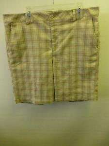 mens-UNDER-ARMOUR-UA-tan-plaid-polyester-GOLF-flat-front-SHORTS-38-R-Clean