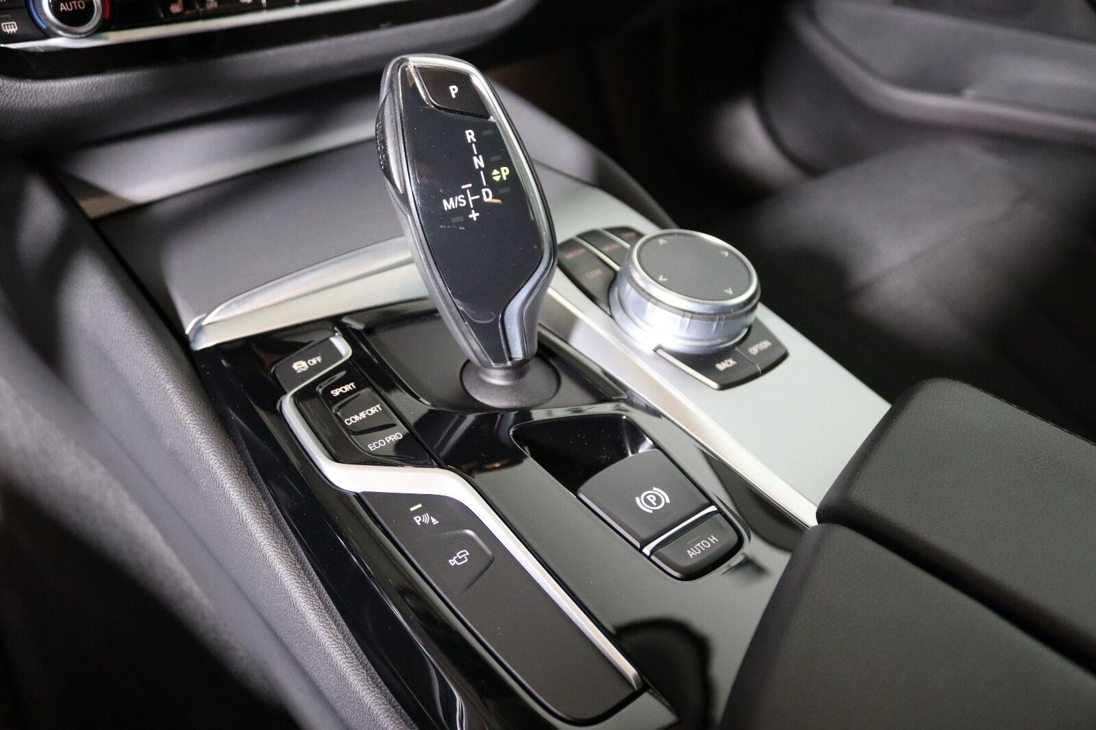 BMW 520d 2,0 Touring aut. - billede 14