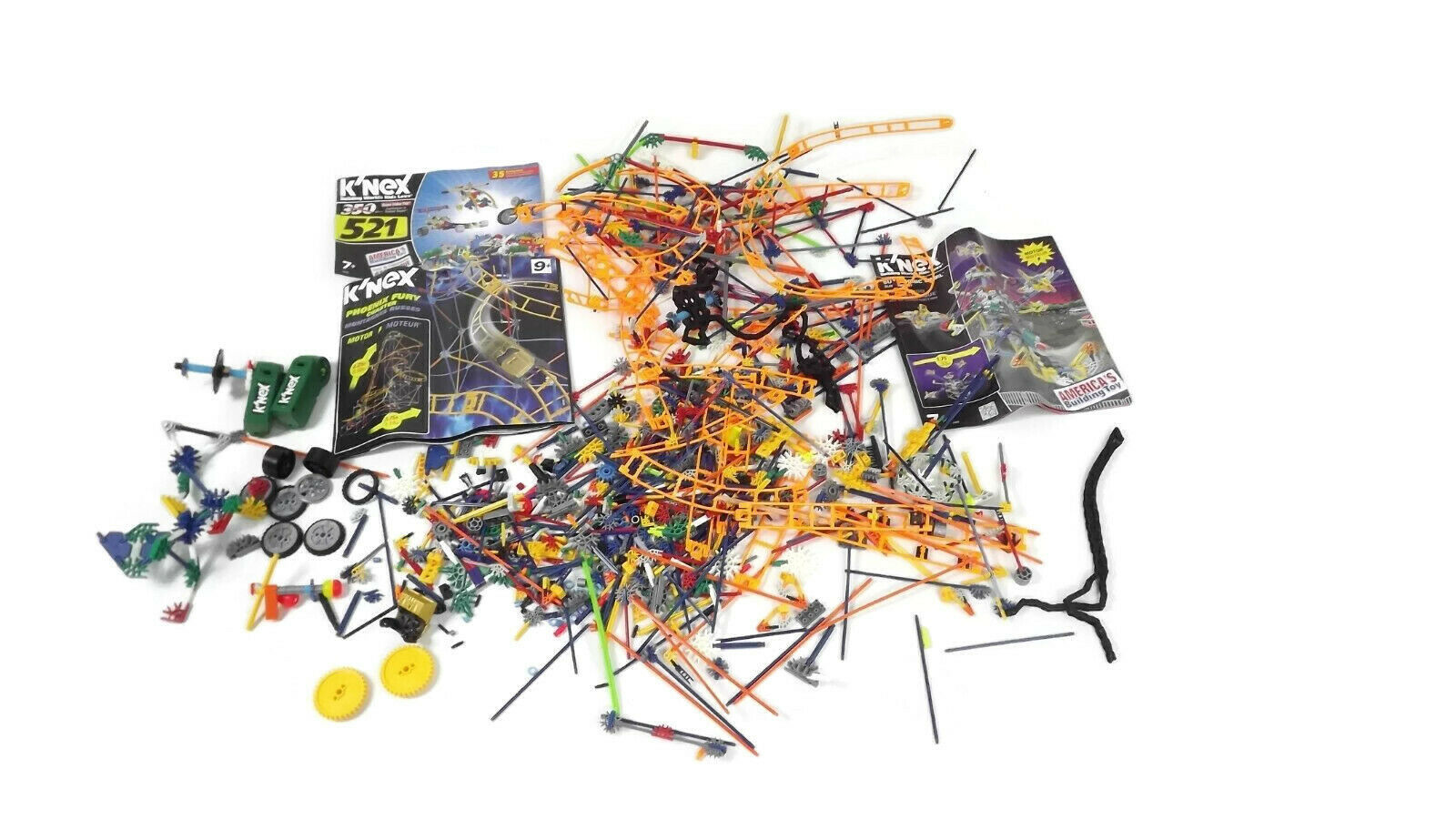 LARGE  Mixed LOT K'nex Building Pieces w  3 Bonus Instruction Booklets For Ideas