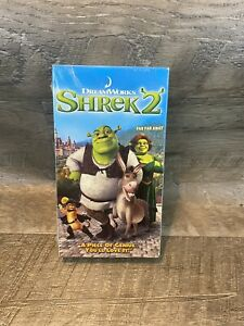 New Shrek 2 Vhs 2004 Kids Animation Comedy Mike Myers Dreamworks Far Far Away 678149087437 Ebay