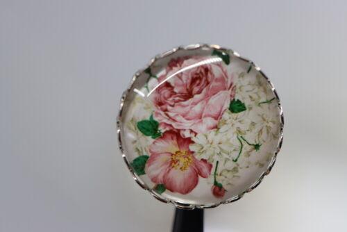 Rosenblüten mit weißem Flieder Wunderschöner Glaskuppel-Zierknopf ab 2010