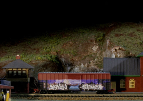 N SCALE MICRO TRAINS FREIGHT CAR 02544006 EAST ERIE COMMERCIAL RR 50/' SD BOXCAR