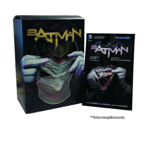 Batman - Batman Death Of The Family - Joker Mask & Book Replica Dc Direct