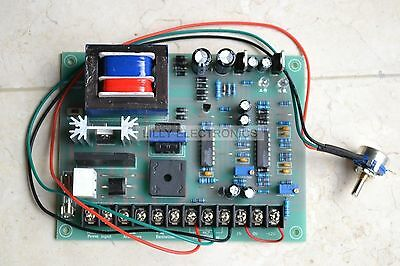 Input AC220V Output 0-220VDC 2-5A 1000W Motor Speed Controller Board