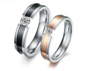 Fedine-Fidanzamento-Coppia-di-Anelli-Incisioni-Personalizzate-Nome-Data-Cristall