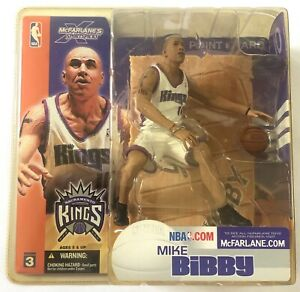 MCFARLANE NBA Series 3 MIKE BIBBY Sacramento Kings ACTION FIGURE (2003) NEW