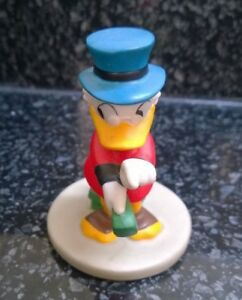 Disney-Uncle-Scrooge-Duck-Ceramic-Porcelain-Figure-3-inches-Vintage-Disneyana