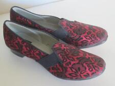 Vintage Wellco 1940's Slipper Shoes Wedge Heel Red Lace Embossed Black Satin 9.5