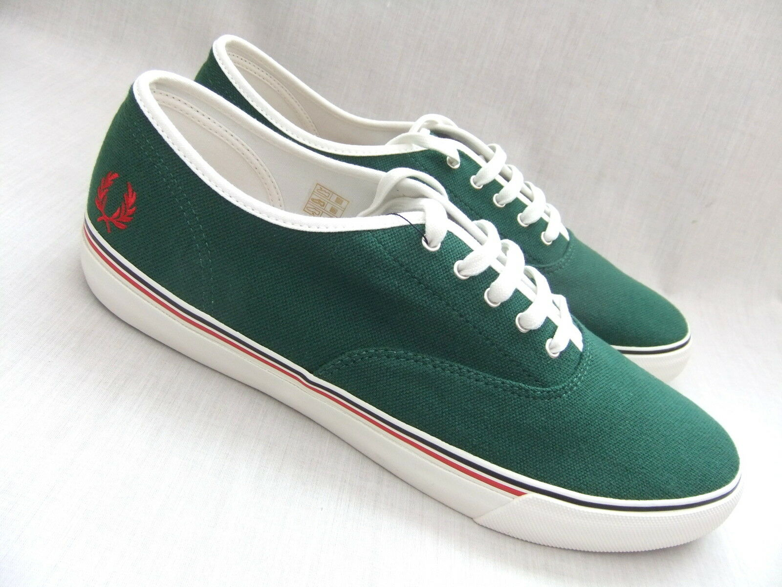 NEUF FRED PERRY B4251 Clarence homme pique Vert Toile Baskets