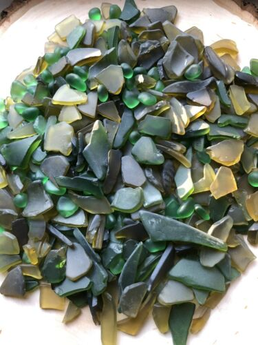 210g SMALL MEDIUM BOTTLE PIECES GREEN TUMBLED MOSAIC BEACH SEA GLASS