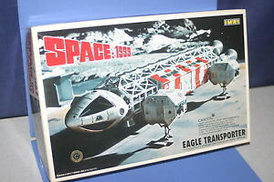 SPACE 1999 EAGLE TRANSPORTER with Moon Stand Kit 1/110 IMAI JAPAN