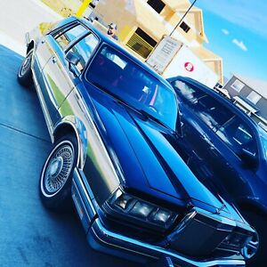 Rare CLASSIC 1982 Lincoln Continental Signature Series