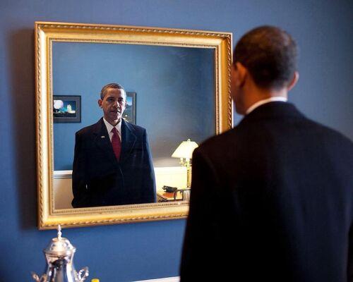 BARACK OBAMA AT CAPITOL BEFORE INAUGURATION 2009 8x10 SILVER HALIDE PHOTO PRINT