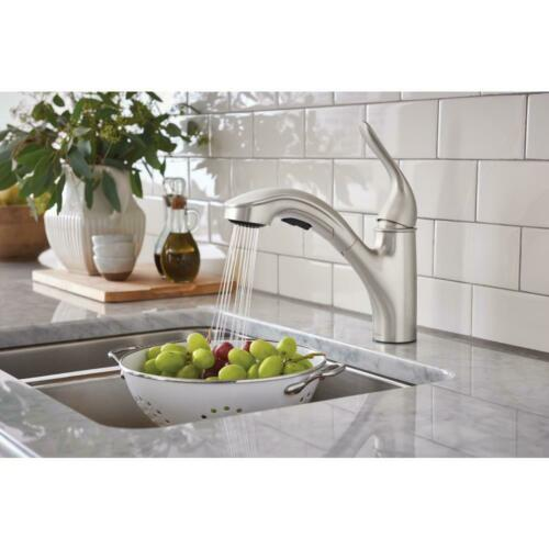 NEW! MOEN Brecklyn Single-Handle Pull-Out Sprayer Kitchen Faucet