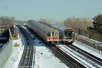 Original Photograph Boston MBTA Old /& New Orange Line trains n of Assembly 5x7