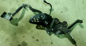 YAMAHA-FZ07-FRONT-RIGHT-FOOT-PEG-W-BRAKE-LEVER-ASSEMBLY-MASTER-CYLINDER-2019