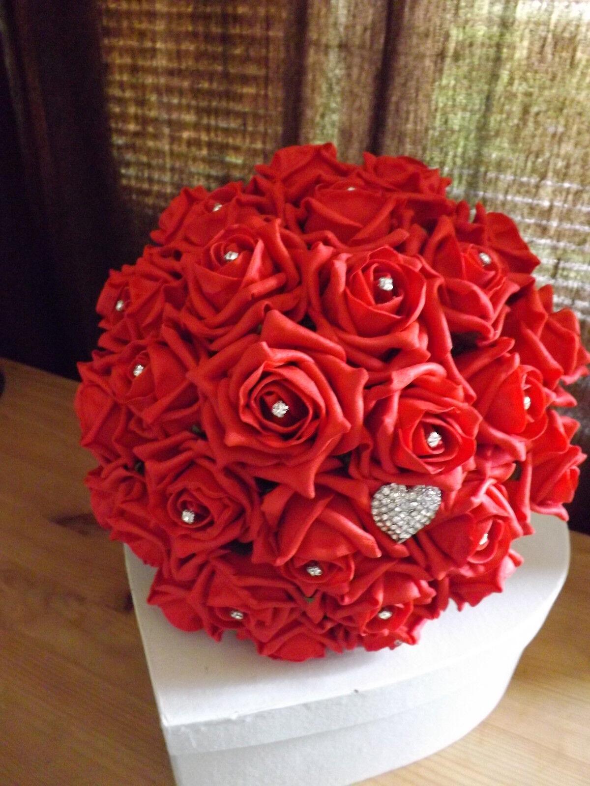 Mariage Fleurs Paquet brides Maids boutonnières Rouge & Ivoire Mousse Roses & strass