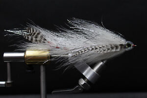 White-Grizzly-Big-Game-Changer-Articulated-Muskie-Pike-Big-Bass-fly