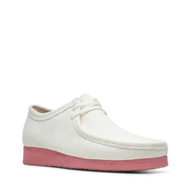 NEW MEN CLARKS ORIGINALS WALLABEE LOW TOP LIMITED EDITION WHITE PINK SUEDE SHOES