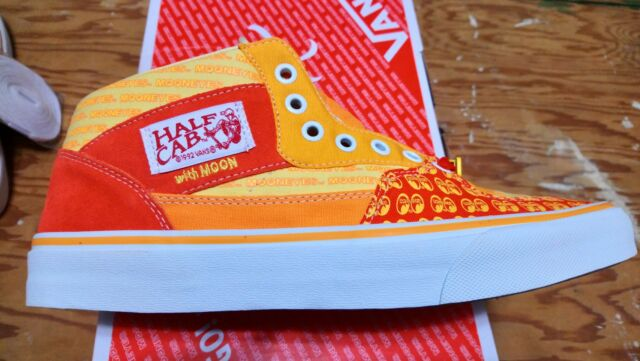 c1846a0408 Frequently bought together. Vans X Mooneyes GO WITH MOON Half Cab ...