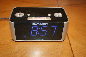 Model No. 1201682 RadioShack Bluetooth Alarm Clock Radio