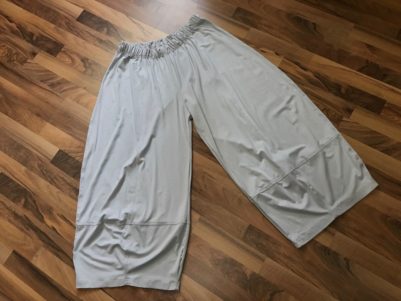 Myo- Lagenlook Many Stitched 3 D jersey-Pants Light Grey One Size 32 5 16in