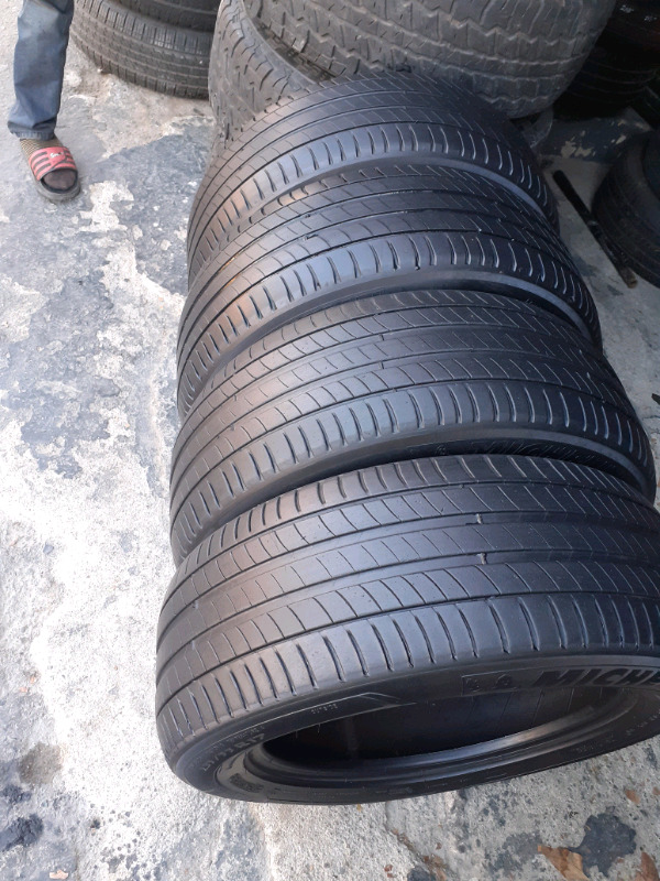 High performance tyres on affordable prices 235/55/17
