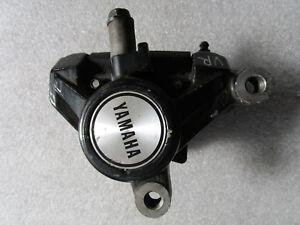 Yamaha-FJ-1100-47E-Etrier-de-Frein-avant-Droite-Etrier-de-Frein-avant-Droite