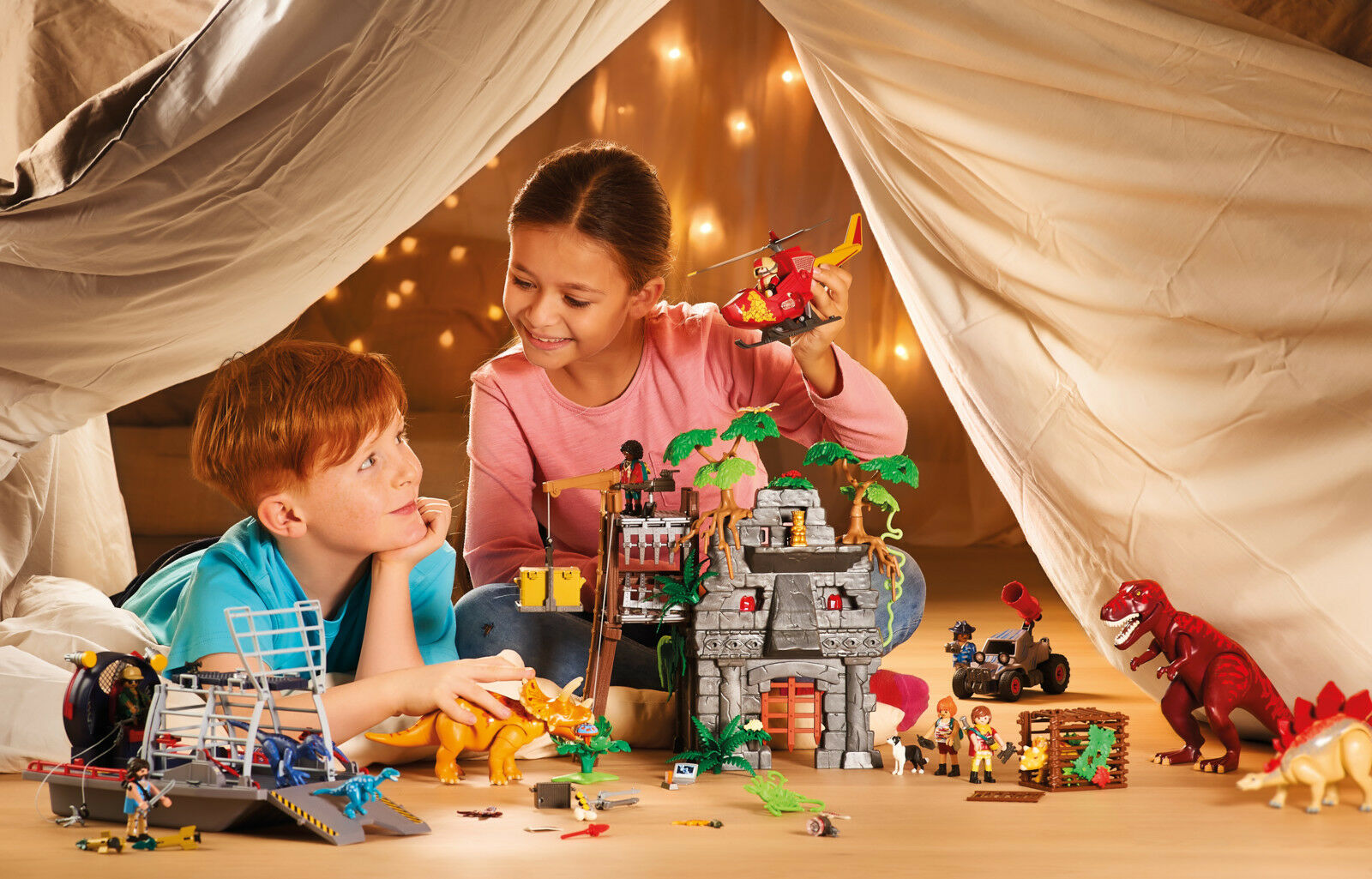 PLAYMOBIL Explorers Hidden Temple with T-Rex movable arms, legs,  e jaw  connotazione di lusso low-key