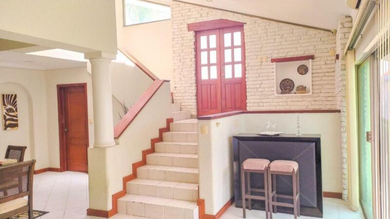 Casa en Venta AMUEBLADA de 2 Recamáras en Residencial Arboledas, Coatzacoalcos, Veracruz