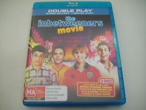 The-Inbetweeners-Movie-2011-2-Disc-Blu-Ray-Region-B-A-Like-New-Extended