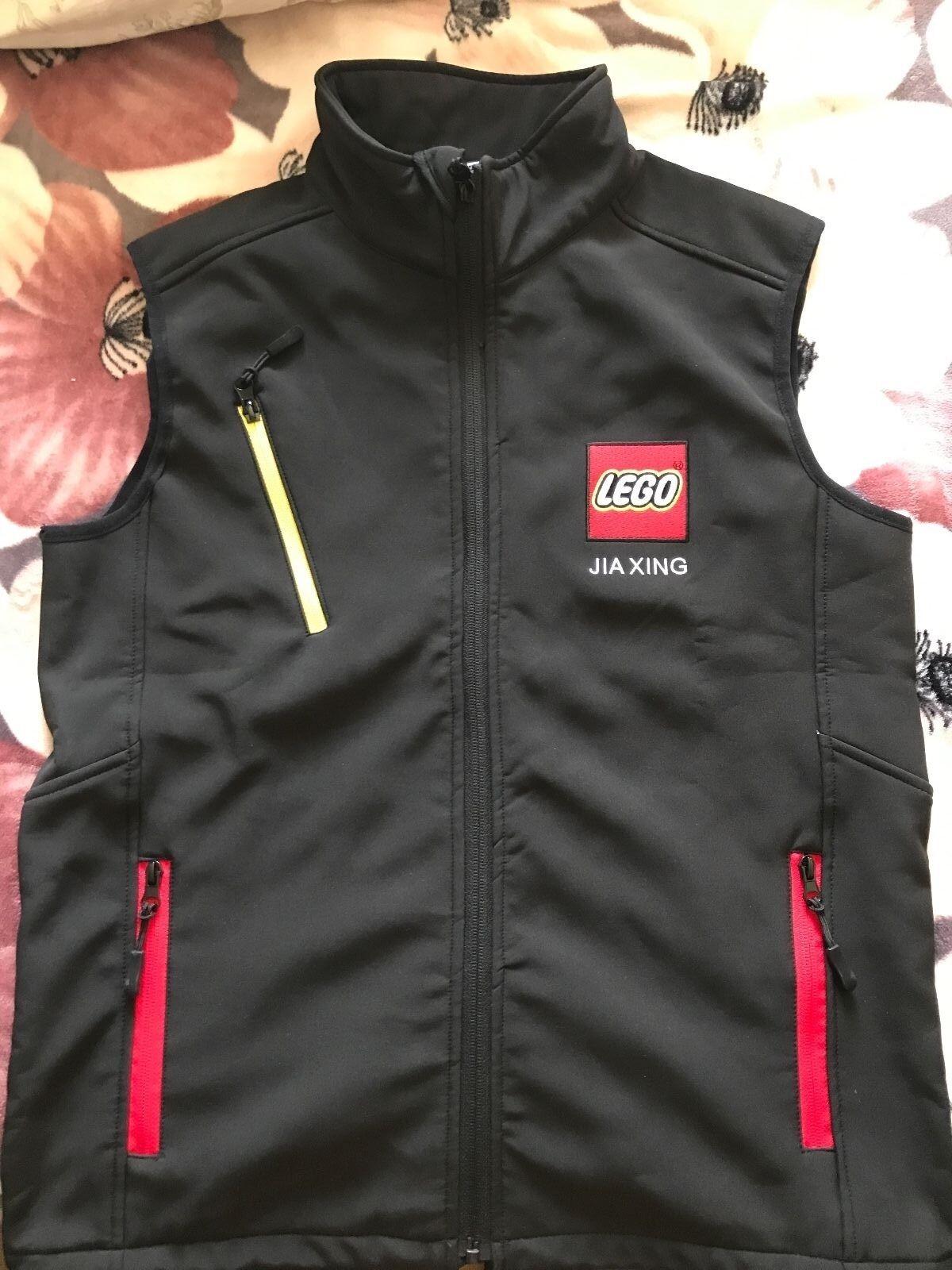 RARE LEGO 2016 Jiaxing Factory ouverture Veste sans manches  NOT FOR SALE