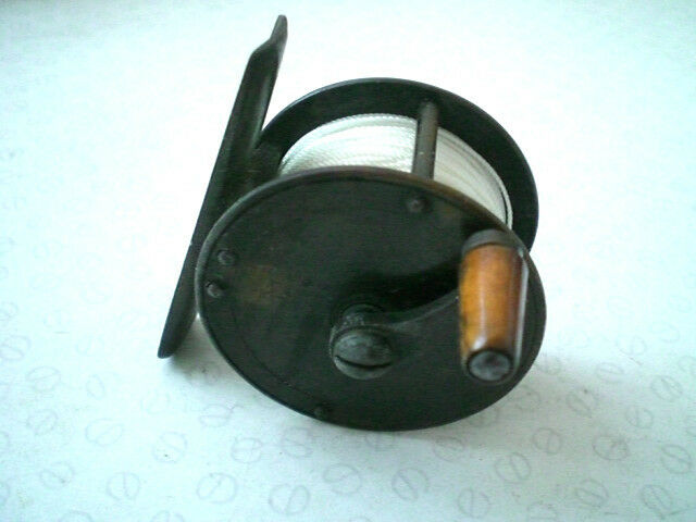 Rare vintage victorian hearder de plymouth laiton 2  manivelle vent fly reel