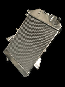 Jaguar-XK140-radiator