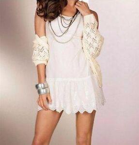 6f2d296b112d Robe laine blanche LAURA SCOTT avec dentelle taille 34 36 38 NEUF