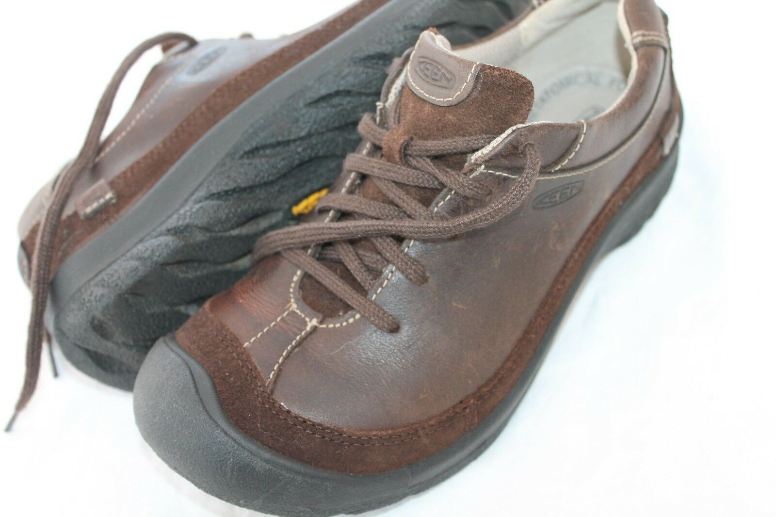 KEEN SIZE 6.5 BROWN LEATHER OXFORD SHOES