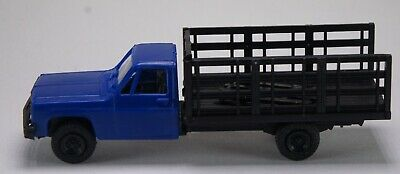 Blue//Black HO 1:87 Trident # 90153 Chevy Pickup Truck w//Stake Bed