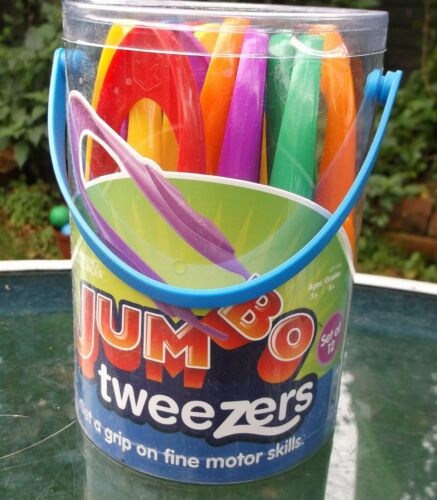 nature Tub of 12 new childrens LARGE EASY GRIP PLASTIC TWEEZERS for science