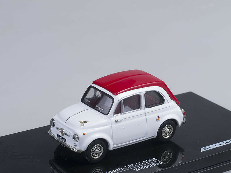 1 43 Scale model Fiat Abarth 595 SS, Whitered 1964