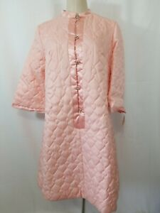Lori-Till-Womens-DD-Medium-Large-House-quilted-robe-pink-long-vintage-nwt
