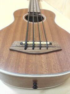 Haze Acoustic Bass Ukulele,Belcat EQ,Aquila Thunderblack String,Mahogany. UB30EQ