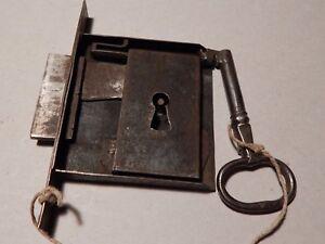 Credenza Da Incasso : Antica serratura a incasso da credenza e chiave funzionante