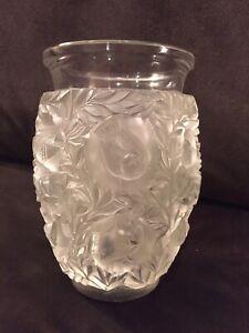 Beautiful Vintage Lalique France Crystal Glass Bagatelle Vase Birds & Leaves