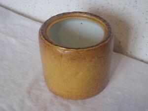 Pot-en-ceramique-deco-patte-en-croute-14-cm-de-diametre-sur-12-5-cm-de-haut