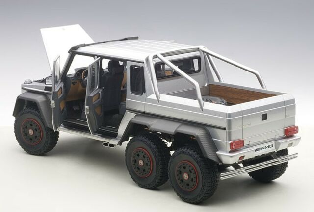 Autoart Mercedes-Benz G63 AMG 6x6 Plata Compuesto Modelo 1/18 Escala Nuevo En