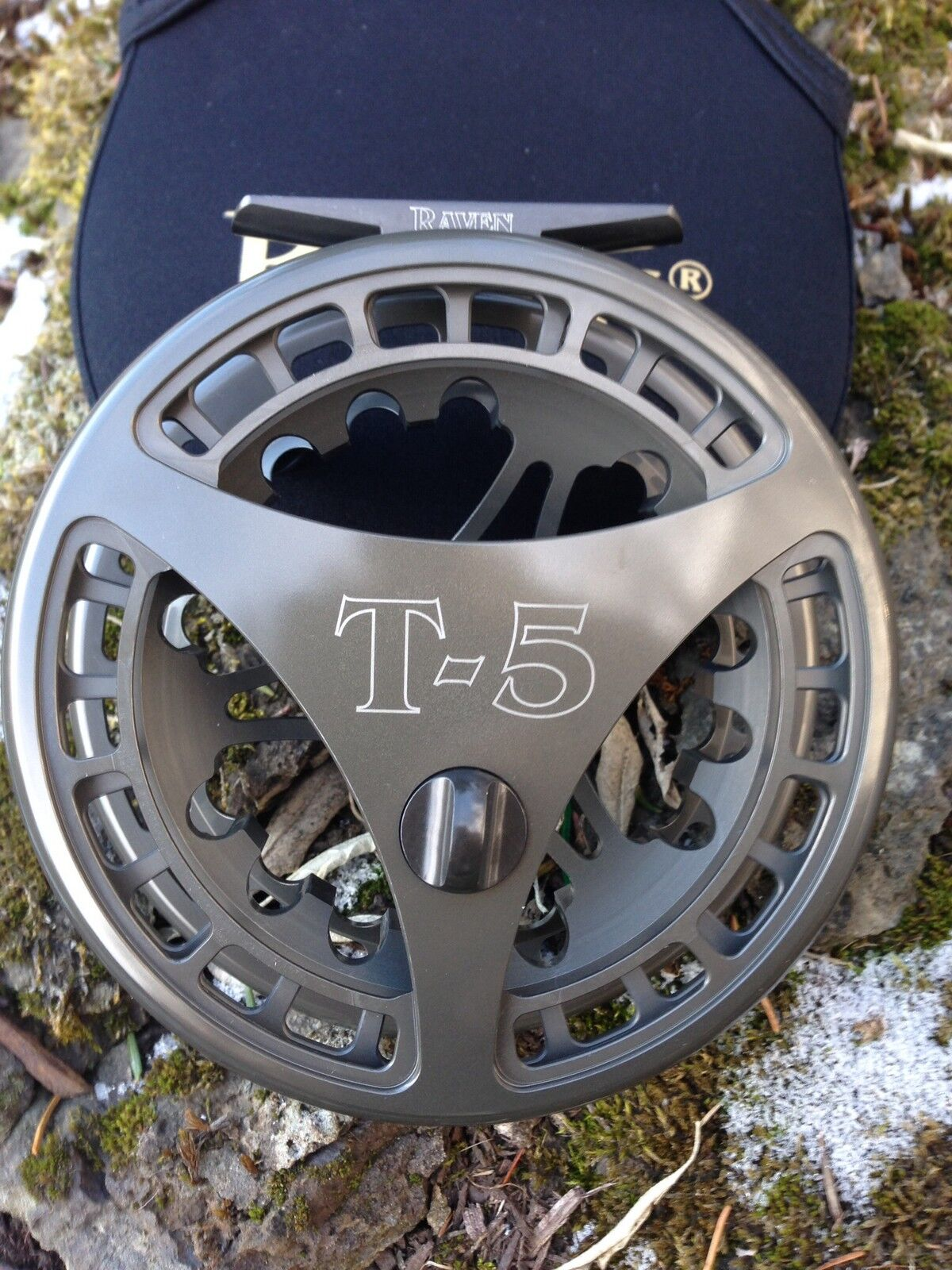 Raven T5 Float Reel, Centerpin Reel 4 3 4  Drk Titanium Finish, New