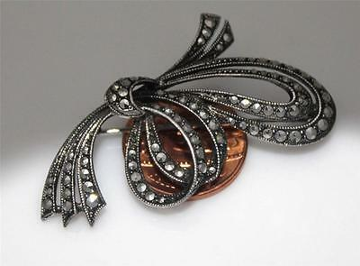 LOVELY 925 SILVER ORNATE MARCASITE GEM SET LARGE  BOW  PIN BROOCH / W251